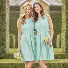 More gorgeous new bridesmaid dresses from @mrkclothing available to try now at Blossom Boutique Warrnambool - contact us to make a private appointment at our stunning Boutique #mrk #bridesmaid #lace #shantung #boxpleat #weddinginspo #blossom3280 #fashion3280 #Warrnambool #bridalboutique by blossombtq