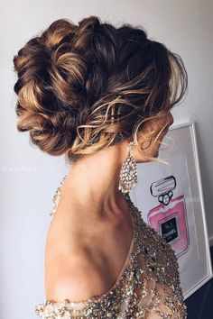 [tps_header] Credits: Hairstyle from Tonyastylist If you are looking for updo hair inspiration and cool sources for having the most impressive makeup looks for special occasions and purposes, then following the 5 mos...