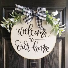 Front Door Decor Discover Welcome to Our Home Hoop Wreath Farmhouse Wall Decor Country Cottage embroidery hoop Wooden Door Signs, Wooden Door Hangers, Diy Wood Signs, Pallet Signs, Welcome Signs Front Door, Front Door Decor, Front Door Wreaths, Front Porch, Entryway Decor