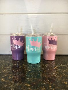 14 oz Princess Cup by ParishGoods on Etsy Kids Tumbler, Tumbler Cups, Vinyl Glasses, Monogram Cups, Diy Tumblr, Moving Gifts, Yeti Cup, Glitter Cups, Personalized Cups