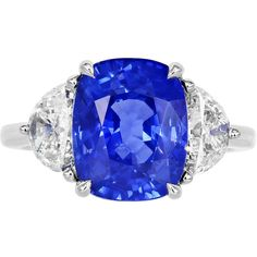 6.15 Carat Sapphire Diamond Ring (113.500 BRL) ❤ liked on Polyvore featuring jewelry, rings, sapphire rings, cushion cut diamond ring, three stone diamond ring, 3 stone sapphire ring and cushion cut sapphire ring