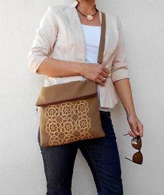 Bandolera de lona marrón, veces más bolso bandolera Boho, bolso de lona, bolso todos los días, regalo para mujer, bolso del mensajero, bolso de ganchillo