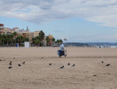 La constatación definitiva del deceso del verano (II). Beach, Water, Outdoor, Summer Time, Gripe Water, Outdoors, The Beach, Beaches, Outdoor Games