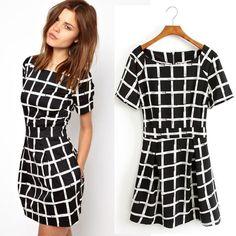 Vestidos-de-cuadros-blanco-y-negro-4.jpg (1000×1000)