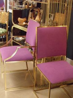 HOH Piece I just got in this amazing set of 8 Milo Baughman dining chairs with brass frame. They are for sale in the shop but I am hoping to use for a client as I have already designed (in my head) a fabulous lavender and gray dining room for them! Purple Chair, Take A Seat, My New Room, Interiores Design, Decoration, Interior Inspiration, Home Furnishings, Dining Chairs, Dining Room