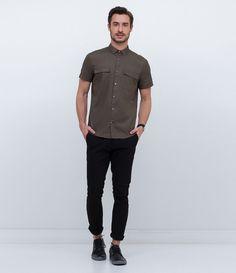Camisa masculina Manga curta Com bolso Marca: Request Tecido: tricoline Modelo veste tamanho: M COLEÇÃO VERÃO 2017 Veja outras opções de camisas masculinas.