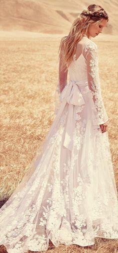 https://www.google.de/search?client=firefox-b-ab&dcr=0&biw=1540&bih=875&tbm=isch&sa=1&ei=3fiAWtDGBonPsAfEvpWoDw&q=boho+wedding+dress&oq=boho+wedding+dress&gs_l=psy-ab.3..0i67k1j0l6j0i7i30k1l3.793140.794164.0.794471.5.5.0.0.0.0.140.580.2j3.5.0....0...1c.1.64.psy-ab..0.5.576...0i13k1.0.nQjpdepKAXU#imgrc=Pz2WCgUTWLv1nM: #bohoweddingdress
