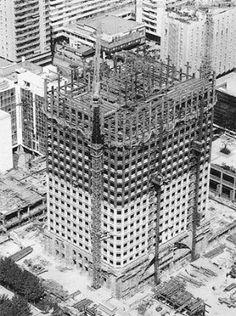 Construcción de la Torre Picasso - década de los '80.