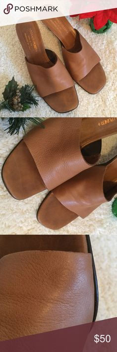 Donald J Pliner Brown Leather Sandals Size 9 Italy Gently used Brown Donald J Pliner. Buttery Soft Leather from Italy. 1 sandal has a typo of 9 1/2 markings but they are both 9. Same size. Happy Shopping! Donald J. Pliner Shoes Sandals
