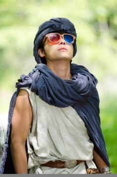 メガネが!!! 勇者ヨシヒコの映画シーン Oakley Sunglasses, Mirrored Sunglasses, Mens Sunglasses, Dragon Quest, Hot Shots, Celebs, Celebrities, Actors & Actresses, Guys