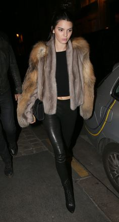 Kendall Jenner Outfit 7