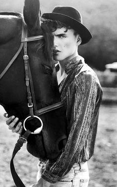 www.pegasebuzz.com/leblog | Horse in Fashion with Mateusz Zapotocki by Katarzyna Julia Stach for Confashion Mag