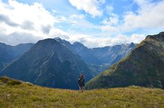 We have compiled a list of some of the best and most famous hiking trails from around the world. You will find them conveniently organized by region. Milford Track, Hiking Trails, Backpacking, Around The Worlds, Mountains, Nature, Travel, Backpacker, Naturaleza