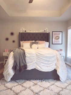 Pink Bedroom For Teens Grey and blush bedroom ! Room Makeover, Bedroom Makeover, Room Inspiration, Bedroom Inspirations, Apartment Decor, Pink Bedroom Decor, Bedroom Decor, Bedroom Carpet, Girl Bedroom Decor