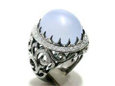 Chalcedony Diamond Ring in 18 K White Gold