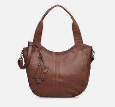 Hexagona ESMA LEATHER Sac à main porté épaule Marron - 😍Découvrir ici - #Sarenza #Sacs #Bags #hexagona #ScasNatetNin #Sacamain #tendances #Sacsamain #instafashion #SacsHexagona Jean Desigual, Bags, Fashion, Cheap Designer Purses, City Bag, Black Purses, Large Bags, Handbags, Moda