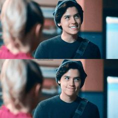 Pin by genesis carino on jughead ❤ ❤ riverdale cole sprouse, cole sprouse j Cole Sprouse Hot, Cole Sprouse Funny, Cole Sprouse Jughead, Dylan Sprouse, Watch Riverdale, Bughead Riverdale, Riverdale Memes, Riverdale Tumblr, Cole Sprouse Aesthetic