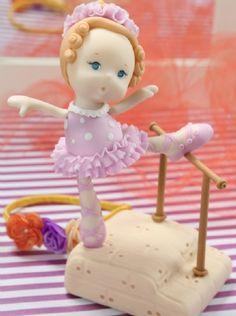 Bailarina en Porcelana #souvenirs descarga ya el paso a paso en www.eviadigital.com #manualidades