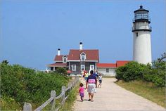 Ten lighthouses dot the Cape Cod shoreline. Take a free tour of the Chatham Lighthouse, the Nobska Point Light in Woods Hole or Race Point Lighthouse in Provincetown.