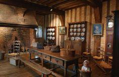 château de Martinville.Le Musée des Traditions et Arts Normands possède une incroyable collections d'objets illustrant le quotidien de nos ancêtres normands.