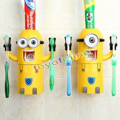 Limited Edition Minions Holder and Dispenser - off! Take home this Limited Edition Minions Holder and Dispenser today! Minions Cartoon, Cute Minions, Cartoon Cartoon, Casa Disney, Yellow Minion, Toothpaste Holder, Toothbrush Holders, Toothpaste Squeezer, Bathroom Accessories Sets