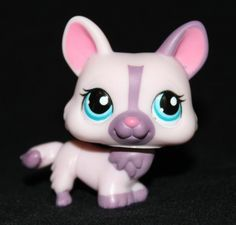 Littlest Pet Shop LPS Pink Purple CORGI #1645 Blue Eyes TARGET Bone Tin RARE Dog