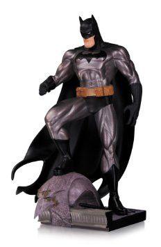 DC Collectibles: Batman Metallic Mini Statue by Jim Lee