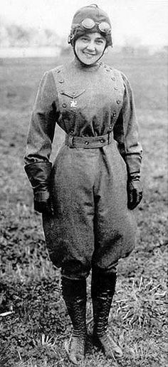Matilde E. Moisant (September 13, 1878 – February 5, 1964), was an American pioneer aviatrix. She was the second woman in the country to get a pilot's license.  Date1912(1912)
