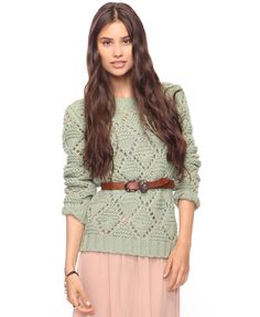 Bringing back a bit of the good ol' with this mint colored chunky sweater topped with a brown belt sinched at the waist Cute Sweaters, Long Sweaters, Sweaters For Women, Chunky Sweaters, Cool Style, My Style, Classy And Fabulous, Playing Dress Up, Nice Dresses