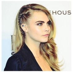 Cara Delevingne rages at paparazzi who snapped her snogging . Cara Delevingne rages at paparazzi who snapped her snogging . Side Braid Hairstyles, Pretty Hairstyles, Updo Hairstyle, Prom Hairstyles, Princess Hairstyles, Pinterest Hair, Bridesmaid Hair, Hair Dos, Her Hair
