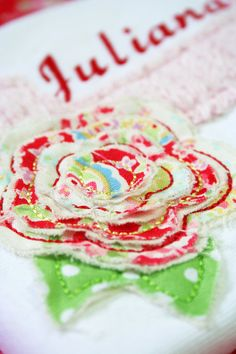 Bebeboutiques: applique flower.  So pretty!