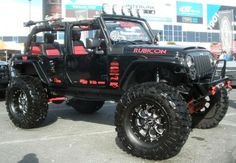 The redneck girl comin' out in me . I LOVE THIS JEEP! 4 Door Custom Jeep Wrangler Rubicon I would love to take this on the beach! Auto Jeep, Jeep Jk, Jeep Cars, Jeep Truck, Jeep Pickup, Jeep Wrangler Rubicon, Jeep Wrangler For Sale, Jeep Wrangler Unlimited, Jeep Wranglers
