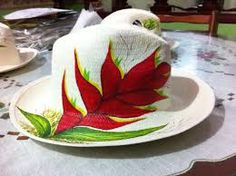 Resultado de imagen para sombreros decorados Painted Hats, Hand Painted, Pictures Of Hats, Japanese Knot Bag, Diy And Crafts, Arts And Crafts, Hat Decoration, Easter Pictures, Cool Hats