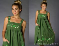 Vintage 60's Green Festival Dress w/ Floral Design