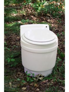 dryflush toilet - hopefully they make biodegradable bags soon - because this is a great idea!
