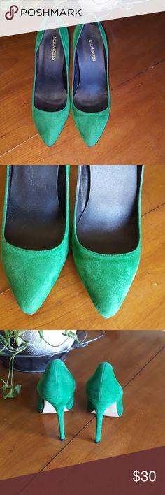 """Los Landifen kelly green heels EUC very gentle wear, even heel bottom in excellent condition. 4"""" heel loslandifen Shoes Heels"""