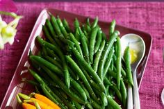 Team these garlicky green beans with beef bourguignon and creamy mash for a hearty meal. Good Green Bean Recipe, Green Bean Recipes, Elimination Diet Recipes, Healthy Fries, Cherry Tomato Salad, Green Bean Salads, How To Cook Beans, Food Test, Salads