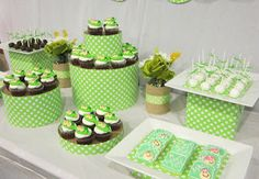 two peas in a pod baby shower ideas Baby Shower Games, Baby Shower Parties, Baby Boy Shower, Baby Shower Hostess Gifts, Baby Gifts, Frog Baby Showers, Twin Babies, Twins, Triplets
