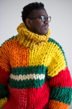 Giant knitting, soft wool oversized sweater – gift for him. Mens Knit Sweater, Oversized Knit Cardigan, Gros Pull Long, Ärmelloser Pullover, Giant Knitting, Big Knits, Sweater Knitting Patterns, Knit Fashion, Men's Fashion