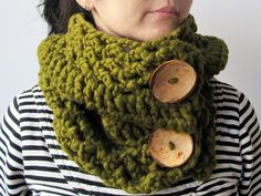 Chunky Scarf in Olive with Coconuts Buttons - Wool 100 percent by Tomiffy Design, via Flickr