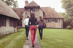 Argentine leather polo belts - another photo shoot of pampeano's famous belts. Love the scenery in this shot. www.pampeano.co.uk