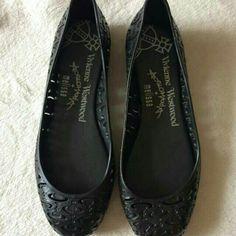Saya menjual Melissa seharga Rp150.000. Dapatkan produk ini hanya di Shopee! https://shopee.co.id/ellynumazahroti/150599495 #ShopeeID