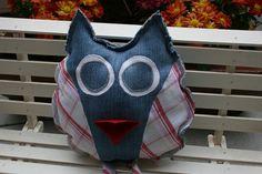 Figuren - Eule, Minikissen, Kuscheltier, mit Tasche - ein Designerstück von Angelas_Kreativwelt bei DaWanda