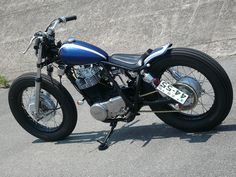 Yamaha SR 400 by Gravel Crew | Japan