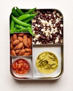 Vegetarian lunch ideas for work, easy lunches for work, easy lunch boxes, v Cheap Work Lunch Ideas, Vegetarian Lunch Ideas For Work, Snacks For Work, Going Vegetarian, Vegetarian Meals, Easy Healthy Breakfast, Healthy Snacks, Healthy Eating, Healthy Recipes