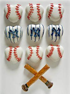 I Heart Baseball Edible Crafts  We can make these opening day/week