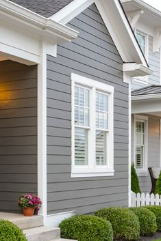 HardiePlank® lap siding is not just our best-selling product—it's the most popular brand of siding in America. Grey Siding House, Exterior House Siding, Grey Exterior, Gray Exterior Houses, Gray Siding, Siding Colors For Houses, Exterior Paint Colors For House, Exterior Colors, Paint Colors For Home