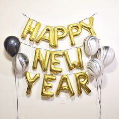 Sale FREE SHIPPING Happy New Year NYE 2016 New Years Eve 16 inch Gold Silver balloon banner by StephShivesStudio on Etsy https://www.etsy.com/listing/215834316/sale-free-shipping-happy-new-year-nye