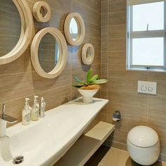 Banyo dekorasyonu / aynalar / lavabo