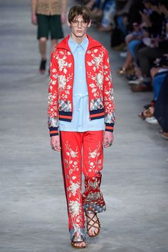Alessandro Michele: the symbol of the genderless revolution - Fucking Young!